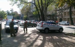 В центре Одессы бойцы АТО перекрыли дорогу