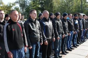 В Николаеве отправили в войска первую партию юношей