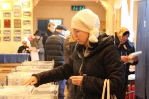На Херсонщине явка избирателей составила 41,36%. За Югом идёт Восточная Украина