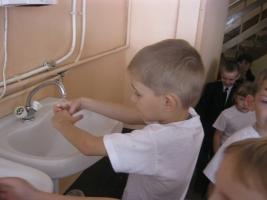 В Херсоне из-за аварии без воды остались 12 учебных заведений