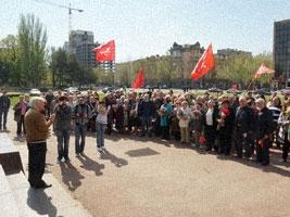 Николаевские коммунисты отмечали День рождения Ленина и требовали от Гранатурова «вернуть его на место»