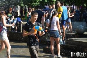 Николаевская молодежь устроила