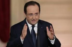 Президент Франции призвал к