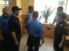 Николаевские патрульные освободили 16-летнюю девушку, похищенную иностранцем