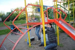 Николаевский предприниматель украл деньги, выделенные на ремонт детских площадок