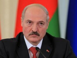 Президент Беларуси Лукашенко отказался ехать к Путину на 9 мая