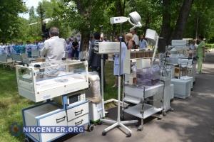 Немецкие благотворители подарили херсонской больнице кровати и реанимационное оборудование