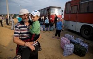 За два года вынужденные переселенцы получили от Украины более 2 млрд. долларов - Геращенко
