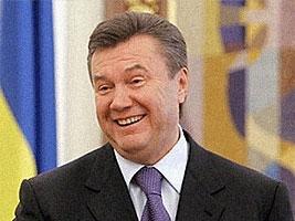 В сети появилось шуточное видео побега Януковича из Межигорья