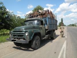 На Николаевщине выявили факты незаконной перевозки песка и металлолома