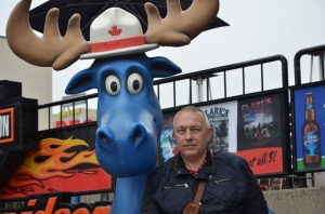 Депутат облсовета Олег Мудрак улетел в Канаду на ПМЖ
