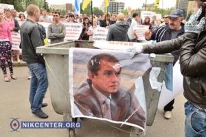 Заммэра Николаева подозревает депутатов от Оппоблока в заказном