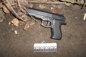 В Одесской области подросток, вооруженный игрушечным пистолетом, пытался ограбить магазин