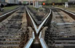 В Харькове подорвали движущийся поезд