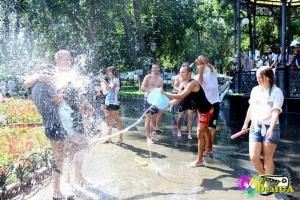 Одесские комунальщики возмущаются из-за фонтанных битв