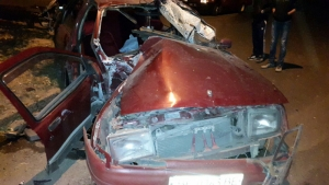 В Николаеве пьяный водитель врезался в электрический столб
