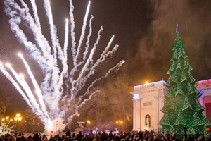 Одесский общественный транспорт будет работать всю новогоднюю ночь