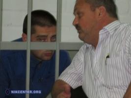 Апелляционный суд оставил под стражей полицейского, участвовавшего в убийстве жителя Кривого Озера