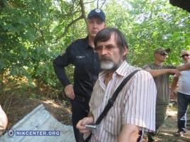 Во время потасовки с застройщиками АЗС в Соляных пострадал активист (ВИДЕО)