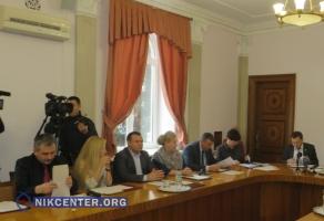 Николаевские власти разорвали договора с предприятиями-перевозчиками, устроившими транспортный коллапс