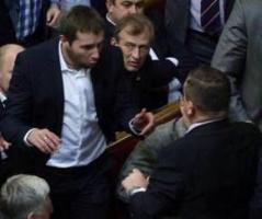 Первую драку в нынешней Верховной Раде справоцировал депутат от Херсонщины