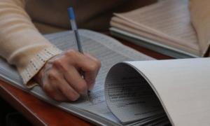 На Николаевщине кандидат в депутаты райсовета в нарушение закона работает членом избиркома