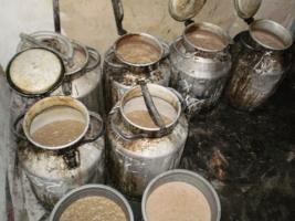 Работники милиции просят николаевцев сообщать о местах продажи самогона