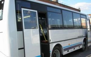 В Херсонской области пенсионерка погибла, выпав из едущего автобуса