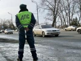 На Херсонщине ГАИшник отобрал машину у волонтеров