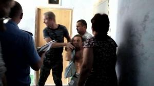 Конфликт на Намыве: жена чиновника проворачивает незаконные сделки, а милиция спокойно смотрит на мордобой