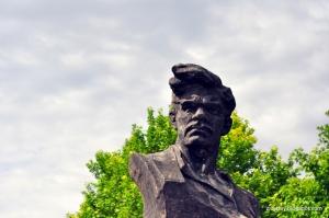В Николаеве снесут 4 памятника