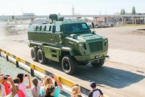 Украинский бронеавтомобиль КрАз Feona впервые показали в Украине