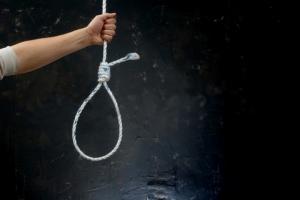 Одесские полицейские спасли мужчину от самоубийства