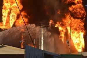 Под Киевом со вчерашнего дня горит нефтебаза. ОБНОВЛЕНО