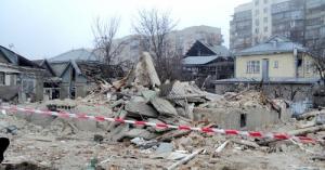 В Зайцево снаряд попал в жилой дом, под завалами оказались несколько человек