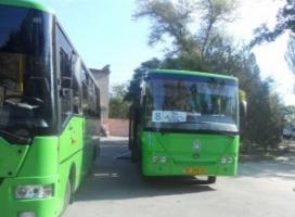 По Херсону курсирует современный автобус для пассажиров с особыми потребностями