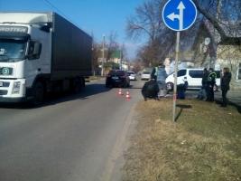 В Херсоне девушка-пешеход попала под мотоцикл