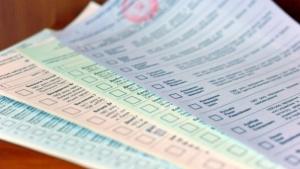 Херсонца наказали за кражу избирательного бюллетеня