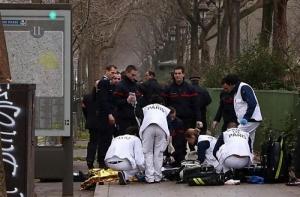 В Париже расстреляли редакцию сатирического журнала