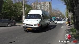 В Николаеве на проспекте Ленина микроавтобус сбил пешехода