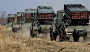 Луганские боевики заявили, что отводят тяжелое вооружение от линии фронта
