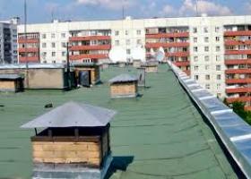 В Николаеве 14-летняя девочка совершила самоубийство, спрыгнув с крыши 10-этажного дома