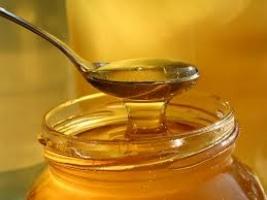 На Херсонщине пенсионер из-за желания полакомиться медом лишился 13 тыс. гривен