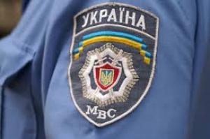 Президент Украины расширил права милиционеров в применении огнестрельного оружия в зоне АТО
