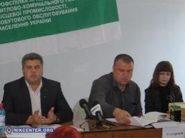 К конкурсу на определение возчика мусора в Николаеве допустили пять предприятий