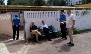 На избирательном участке в Чернигове задержаны журналисты с поддельными удостоверениями