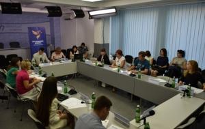 Социологи выяснили, как украинцы относятся к переселенцам