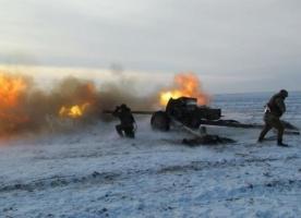 За ночь боевики 28 раз обстреляли позиции украинских военных, - пресс-центр АТО