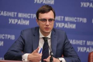 Министр инфраструктуры рассказал, как общался с «бандитами», чтобы запустить ремонт дороги «Николаев – Днепр»