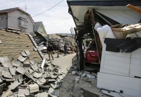 В результате прошедших в Японии землетрясений около двух тысяч человек получили ранения